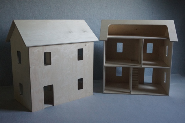 Amish Wooden Doll House
